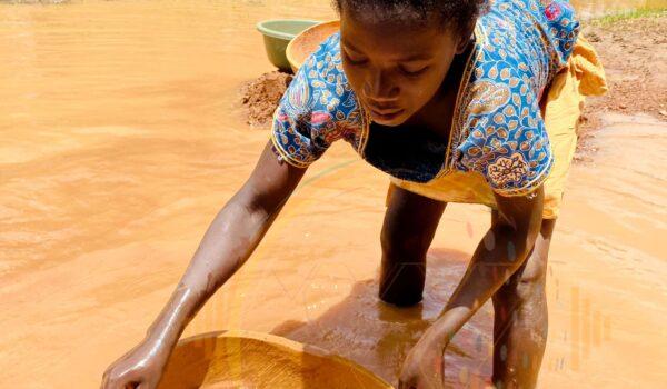 Au Mali l'orpaillage traditionnel prend de l'ampleur chaque jour